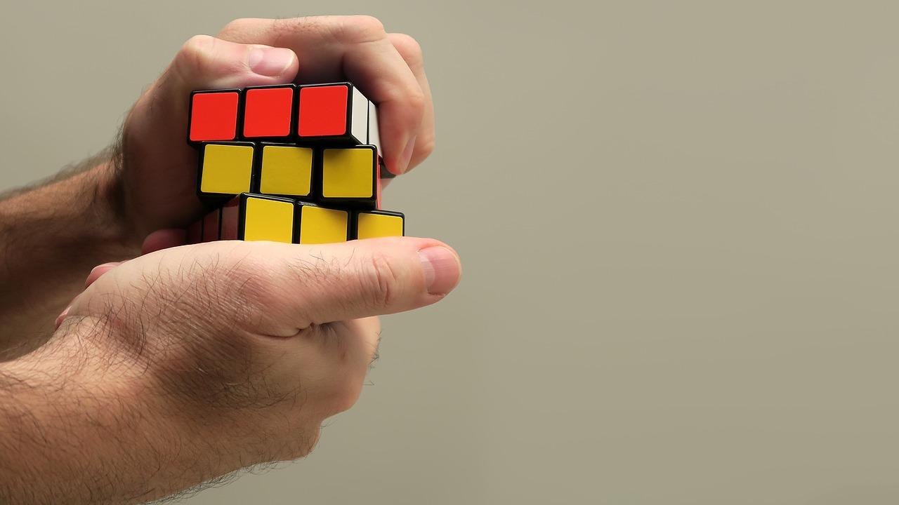 COME AVERE SUCCESSO E NON COMMETTERE PIÙ GLI ERRORI DEL PASSATO GRAZIE ALLE LESSONS LEARNED.